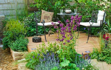 know about Lincoln garden contractors